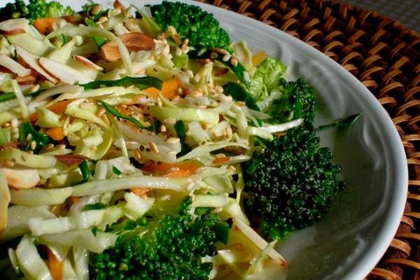 Kapıda misafirler varsa: acele ucuz salatalar