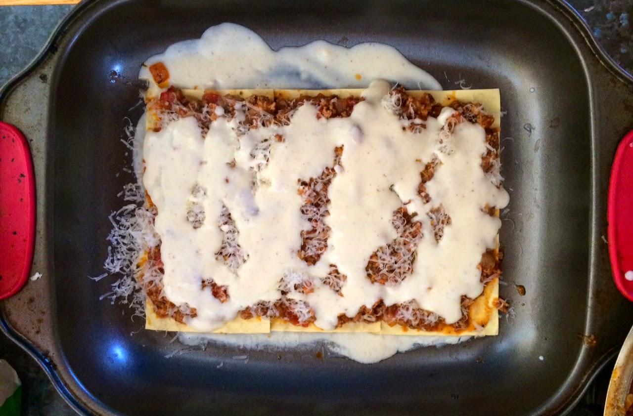 Ekşi krema sosunda mantarlı domuz eti nasıl pişirilir Basitçe olmaz 57