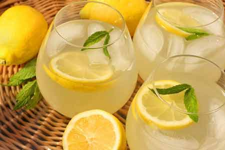 как приготовить лимонный напиток из лимонов