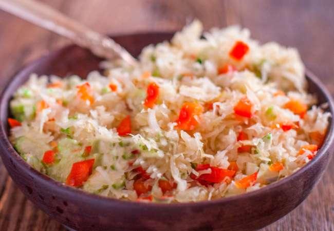 Hızlı yemek ekşi lahana. Sıradışı tarifler